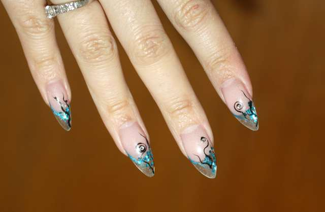 billig nagelförlängning sundsvall