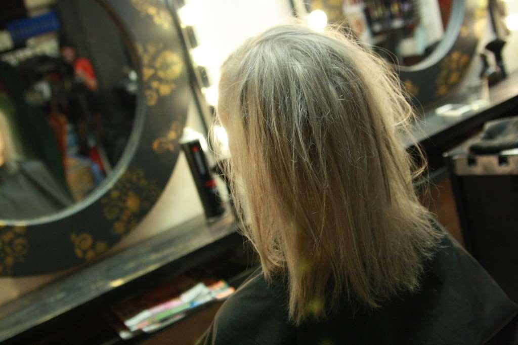 askigt blond sundsvall frisör