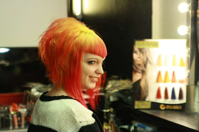 eld hårfärg rött