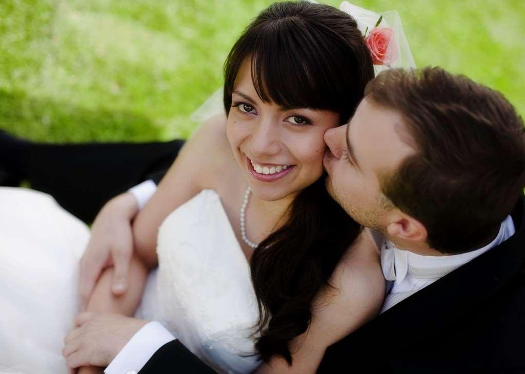 enkelt bröllop